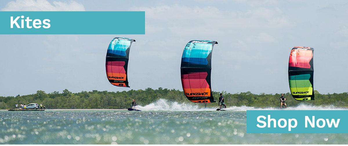 Kites der Marken Core, Slingshot und Duotone beim Freerider in Hamburg